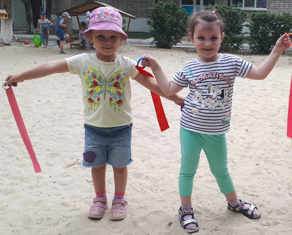 Веселое лето детей из группы «Рябинка»